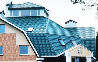 Как сделать крышу из металлочерепицы?