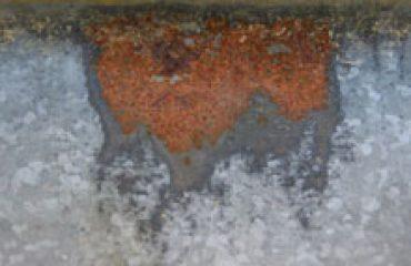 Развитие коррозии и основные уязвимые места металлочерепицы