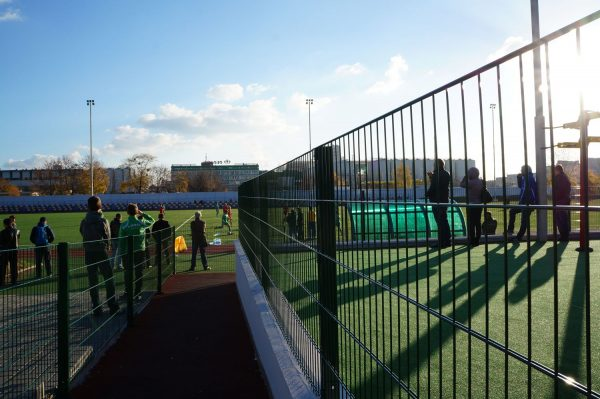 Панельный забор для спортплощадки ТЕХНА СПОРТ H-4м d 4