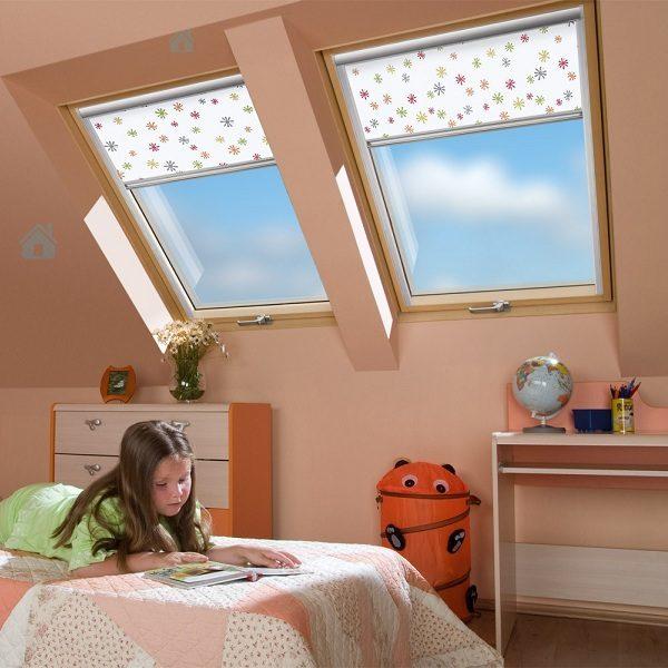 Окно для мансарды Roto R45WH 74×98 (белая сосна)
