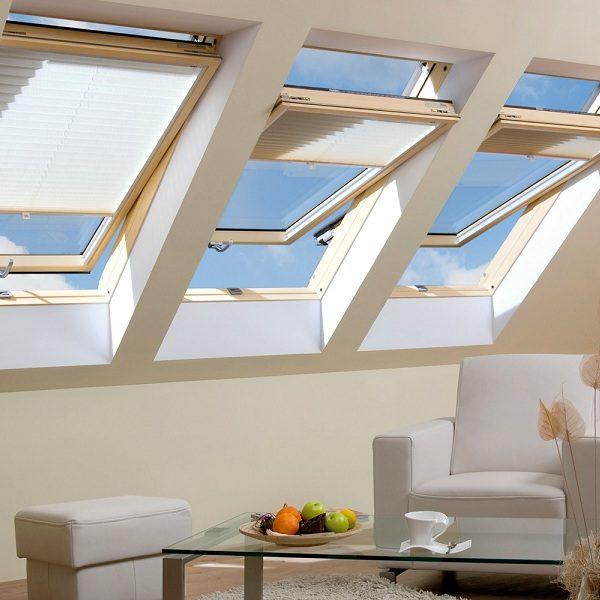 Окно на крышу Roto R45WH 94×140 (белая сосна)