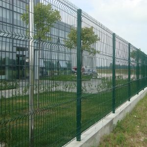 Строительство секционного ограждения высотой от 2,4 м до 4 м на основу (анкеровка)