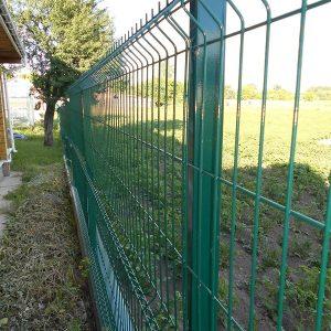 Установка забора из секций высотой от 4 м до 6 м на готовое бетонное основание