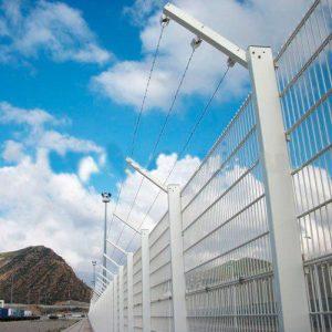 Монтаж секционного забора высотой до 2,4 м (бетонная основа) с Г наконечником и АКЛ