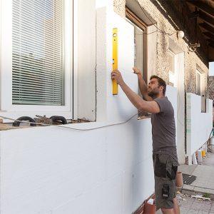 Работы по утеплению фасада пенопластом 50 мм (декор- структурная краска)