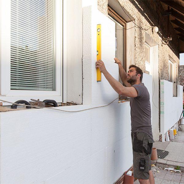 Утепление фасада пенопластом 150 мм (декор: тонированная штукатурка)