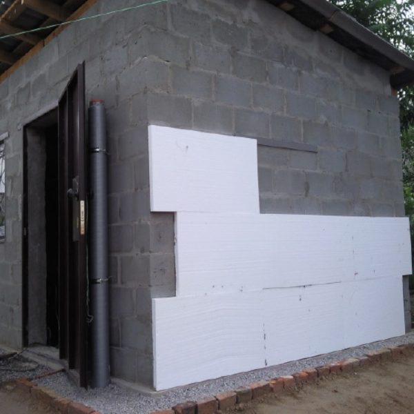 Фасадное утепление пенопластом 100 мм (декор: минеральная штукатурка+ краска)