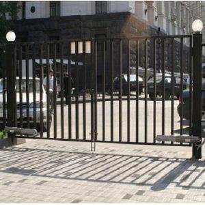Распашные ворота ДЕКО 1500х5000 мм, модель В (03 серия)