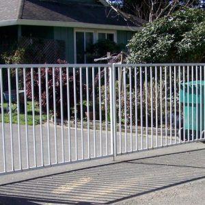 Распашные ворота ДЕКО 1500х6000 мм, модель В (03 серия)